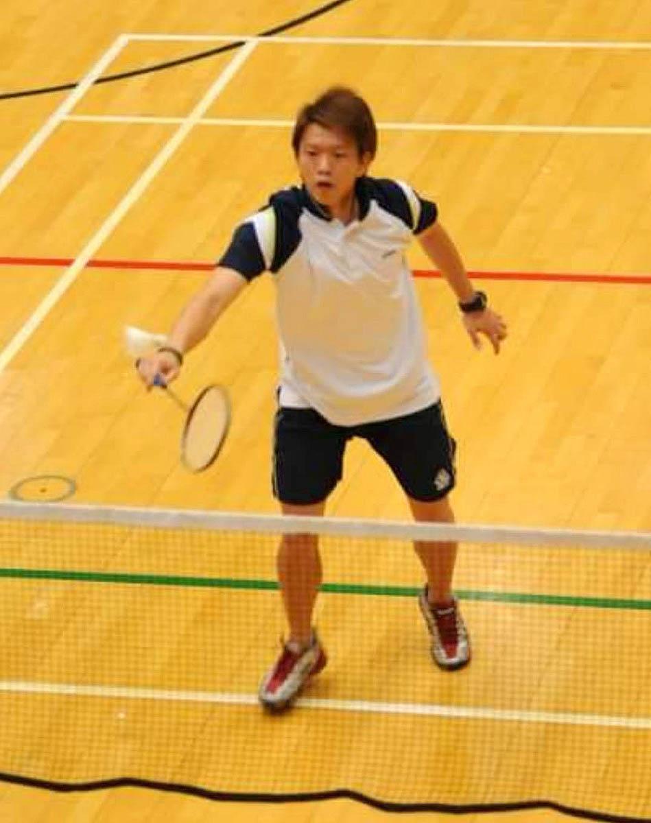 中學期間陳瑋珩兩度勇奪學界羽毛球精英賽男子單打亞軍。